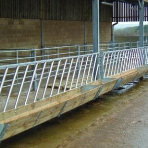2 in 1 Cattle Feeding Barrier